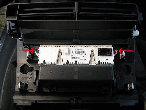 FAQ  194  Change the C4 dashboard panel colour and bulbs  C4