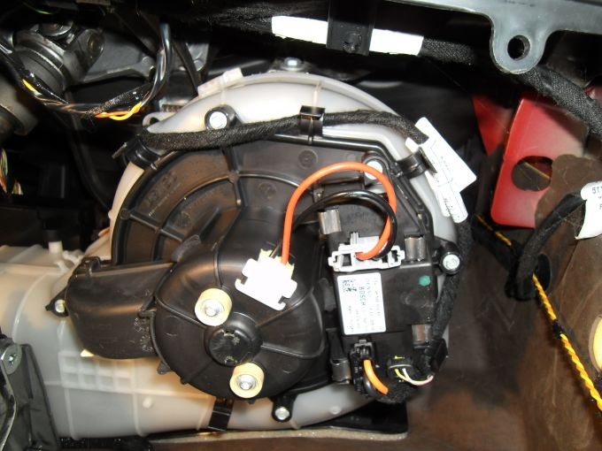 Forums c4 picasso problems and issues c4gp front for Heater blower motor not working