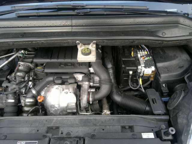 forums c4 coupe and hatch pre 2011 problems noise from engine bay on a metal cover. Black Bedroom Furniture Sets. Home Design Ideas